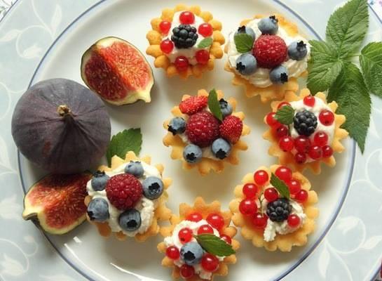 Десерт с тарталетками
